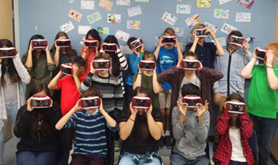 image of students using virtual reality